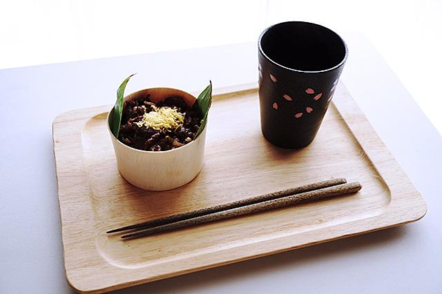 米沢牛のおこわとお茶