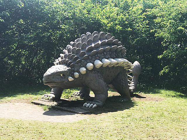 小室山公園の恐竜 アンキロサウルス