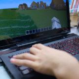 マイクラでプログラミングを楽しく学べるD-SCHOOLオンラインを体験!